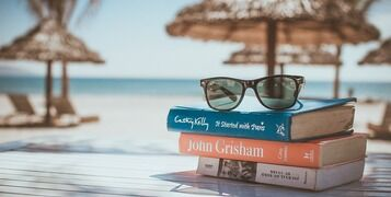 10 Brilliant Summer Holiday Sailing Reads