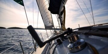 10 Tips To Avoid Seasickness